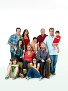 """Modern Family"" - Key art (xs thumbnail)"