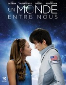 The Space Between Us - French DVD movie cover (xs thumbnail)