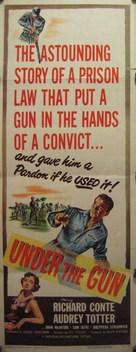 Under the Gun - Movie Poster (xs thumbnail)