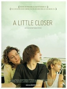 A Little Closer - French Movie Poster (xs thumbnail)