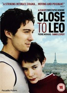 Tout contre Léo - British Movie Poster (xs thumbnail)