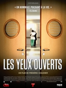 Les yeux ouverts - French Movie Poster (xs thumbnail)