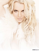 Britney Spears: I Am the Femme Fatale - Key art (xs thumbnail)