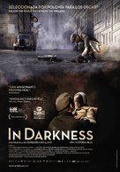 In Darkness - Spanish Movie Poster (xs thumbnail)
