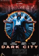 Dark City - Italian Theatrical movie poster (xs thumbnail)