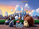 The Secret Life of Pets - British Movie Poster (xs thumbnail)