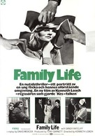 Family Life - Swedish Movie Poster (xs thumbnail)