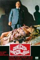 Qualcosa striscia nel buio - Italian Movie Poster (xs thumbnail)