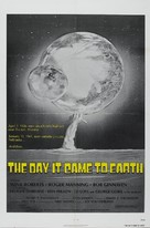 The Day It Came to Earth - Movie Poster (xs thumbnail)