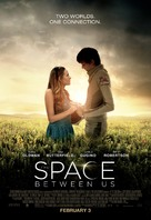 The Space Between Us - Movie Poster (xs thumbnail)