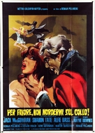 Dance of the Vampires - Italian Movie Poster (xs thumbnail)