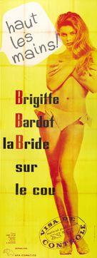 La bride sur le cou - French Theatrical poster (xs thumbnail)