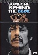 Quelqu'un derrière la porte - Movie Cover (xs thumbnail)