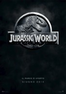 Jurassic World - Italian Movie Poster (xs thumbnail)