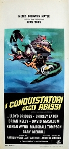 Around the World Under the Sea - Italian Movie Poster (xs thumbnail)