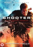 Shooter - British DVD cover (xs thumbnail)