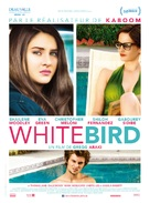 White Bird in a Blizzard - French Movie Poster (xs thumbnail)