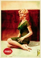 La femme et le pantin - Italian Movie Poster (xs thumbnail)