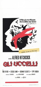 The Birds - Italian Theatrical movie poster (xs thumbnail)