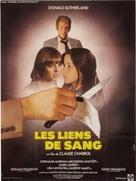 Les liens de sang - French Theatrical poster (xs thumbnail)