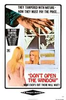 Non si deve profanare il sonno dei morti - Movie Poster (xs thumbnail)