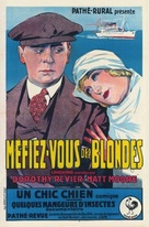 Beware of Blondes - French Movie Poster (xs thumbnail)