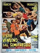 Spie vengono dal semifreddo - Italian Movie Poster (xs thumbnail)