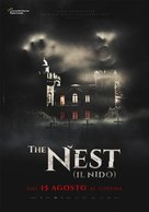 The Nest (Il nido) - Italian Movie Poster (xs thumbnail)