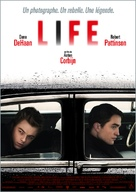 Life - French Movie Poster (xs thumbnail)