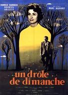 Un drôle de dimanche - French Movie Poster (xs thumbnail)