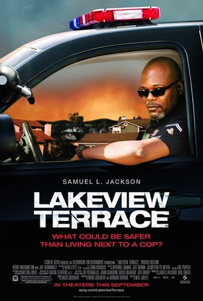 Lakeview Terrace - Movie Poster (thumbnail)