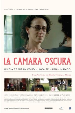 Cámara oscura, La - Argentinian Movie Poster (thumbnail)