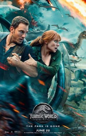 Jurassic World: Fallen Kingdom - Movie Poster (thumbnail)