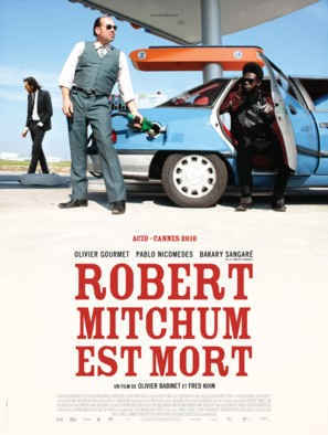 Robert Mitchum est mort - French Movie Poster (thumbnail)