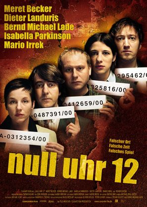 Null Uhr 12