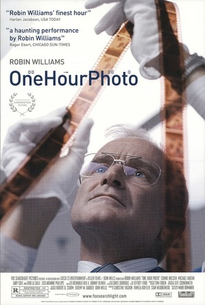 One Hour Photo - Movie Poster (thumbnail)