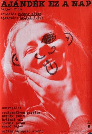 Ajándék ez a nap - Hungarian Movie Poster (thumbnail)