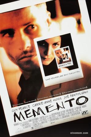 Memento - Movie Poster (thumbnail)