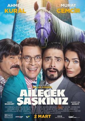 Ailecek Saskiniz - Turkish Movie Poster (thumbnail)