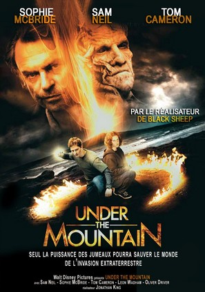 Under the Mountain - French Movie Poster (thumbnail)