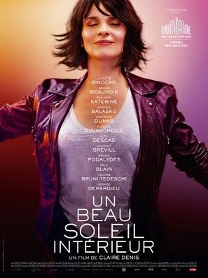 Un beau soleil intérieur - French Movie Poster (thumbnail)