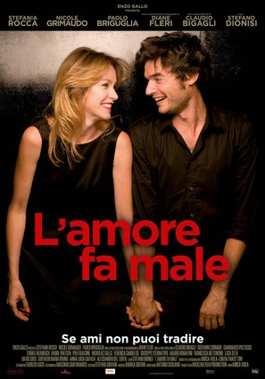 L'amore fa male - Italian Movie Poster (thumbnail)
